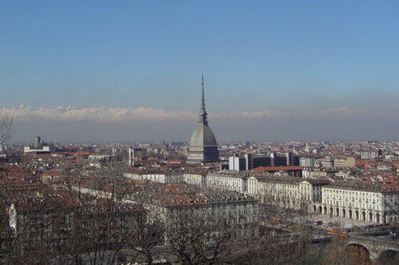 Rintracciare le missioni ovunque ne fosse segnalata la comparsa, collegandole con Torino